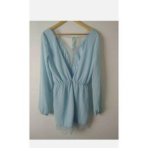 NWT Ommage Womens Rumper Blue Long Sleeves